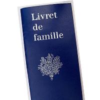 Extrait d'Acte de mariage ou jugement de divorce ou livret de famille